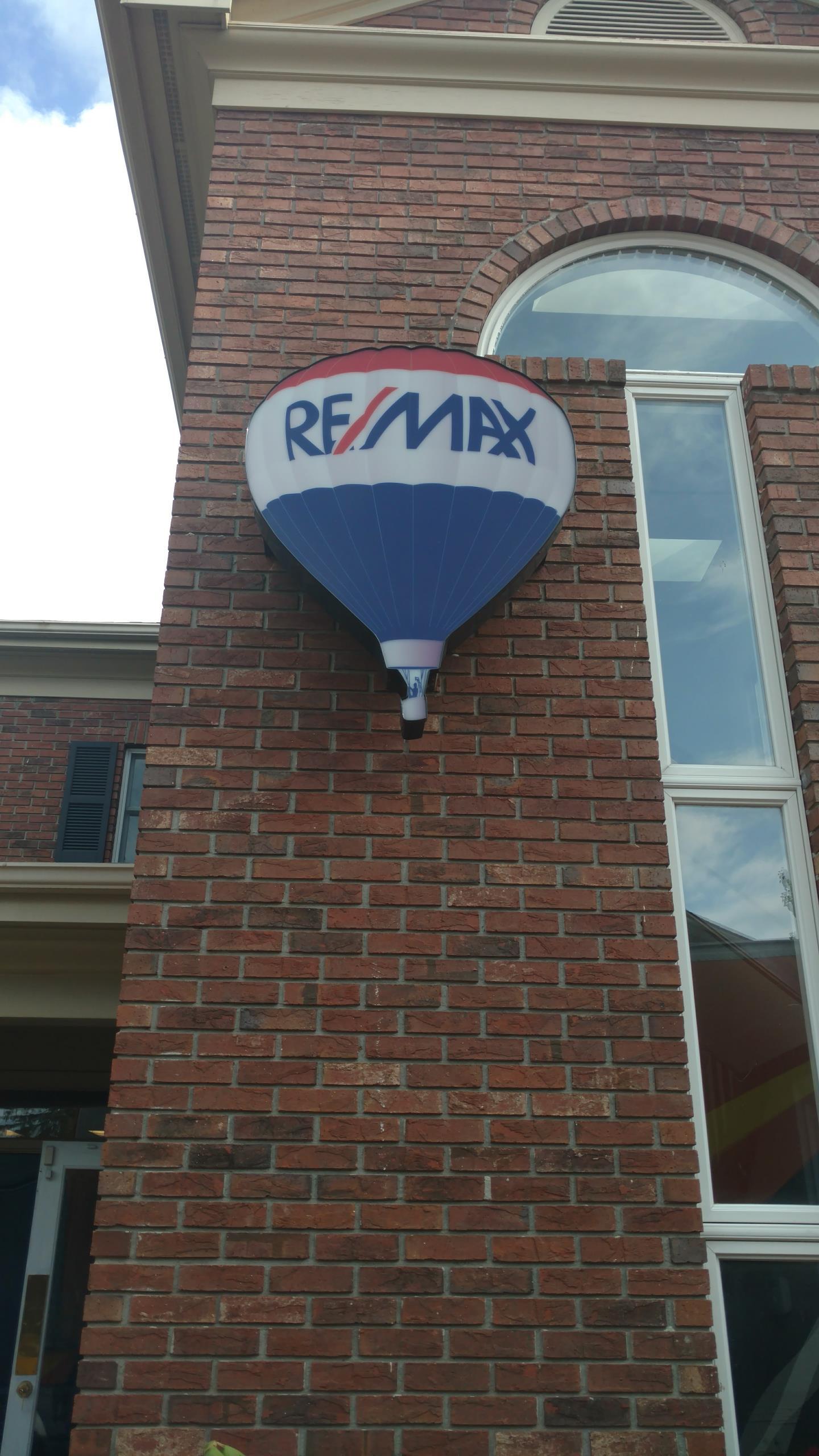 Asheville, NC - Local ReMax office move