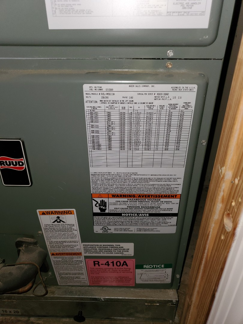 Kellyville, OK - Service call in Kellyville,  Rheem unit low on charge.