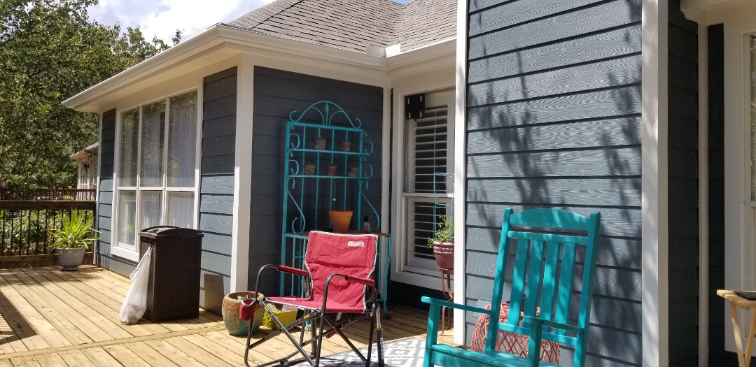 Austin, TX - Replaced the rear siding on the back of this beautiful home with James Hardie Lap Siding Color Plus, looks great!