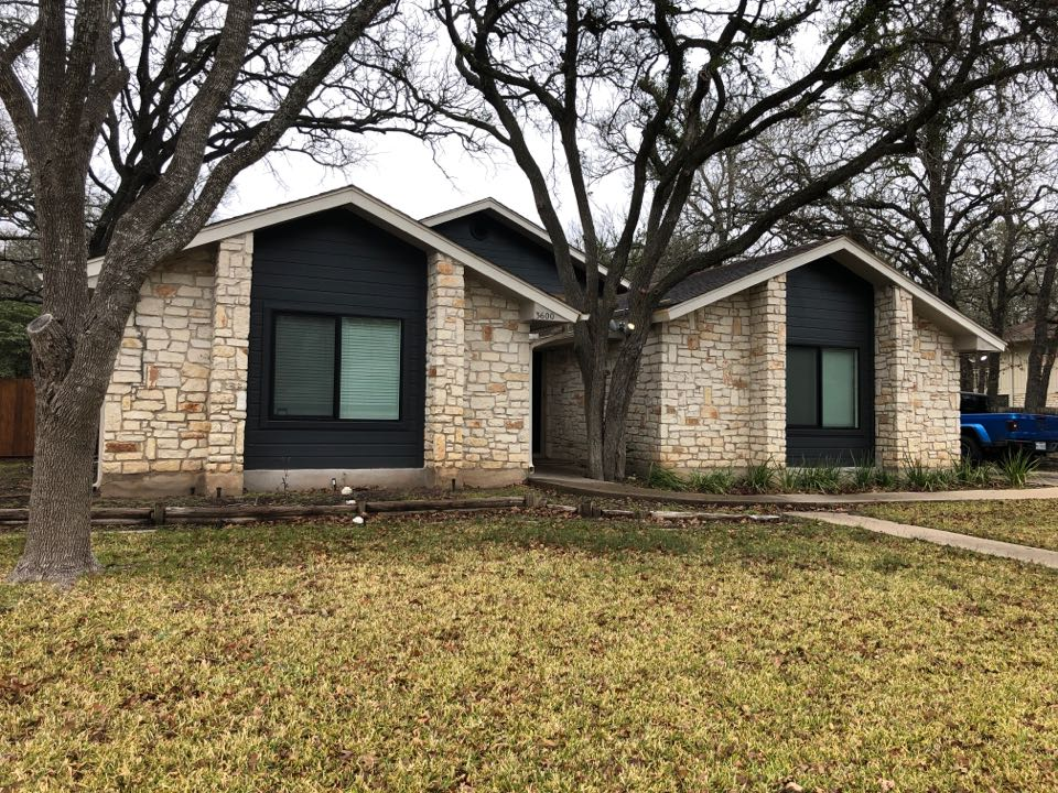 Austin, TX - Giving consultation on insurance claim on the roof.