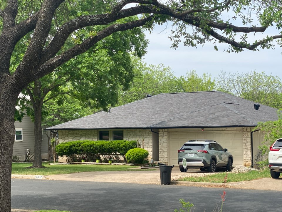 Austin, TX - Window replacement on one story house with stone exterior