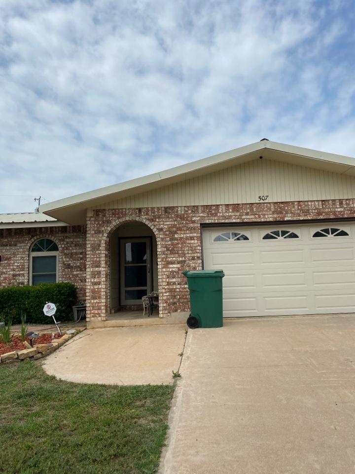 Llano, TX - Metal Roof Inspection Llano Texas!!!