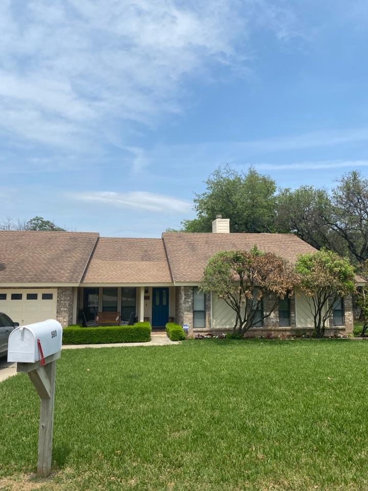 Georgetown, TX - Roof Inspection. Window Estimate!