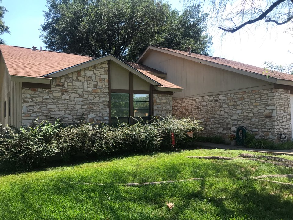 Austin, TX - We are measuring to start another James Hardie siding job next week.