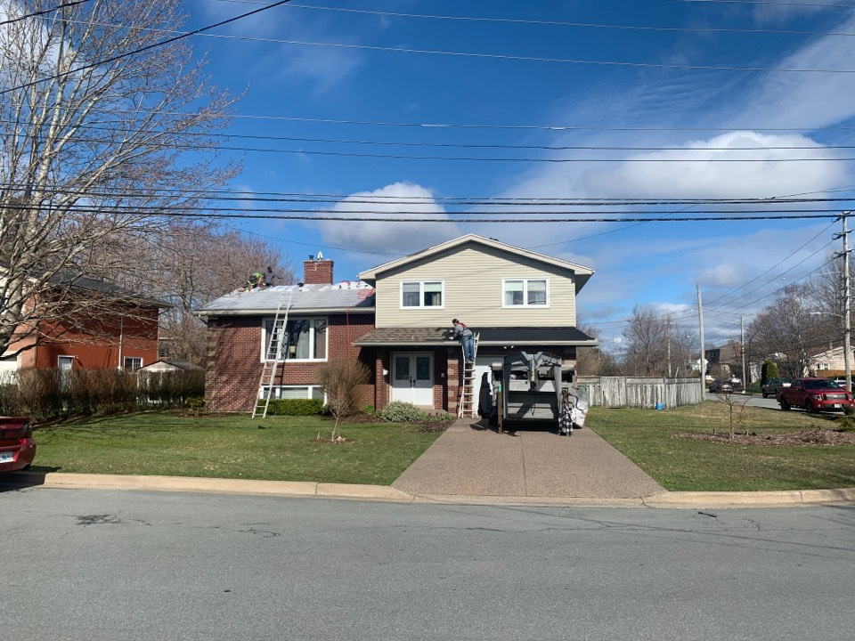 Dartmouth, NS - Installing new GAF Timberline HDZ roof shingles and 2 VELUX sun tunnels.