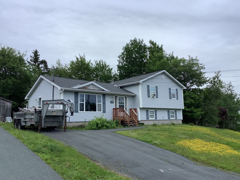 Dartmouth, NS - Installed GAF timberline HDZ shingles in Pewter Grey and installed VELUX Suntunnel