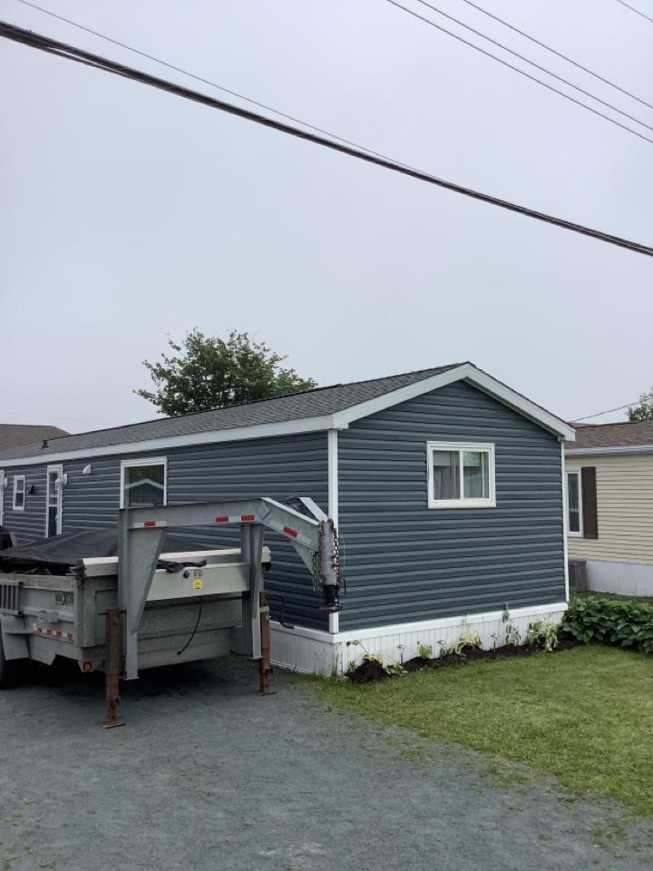 Eastern Passage, NS - Roofworks installed GAF timberline HDZ shingles and GAF timbertex cap