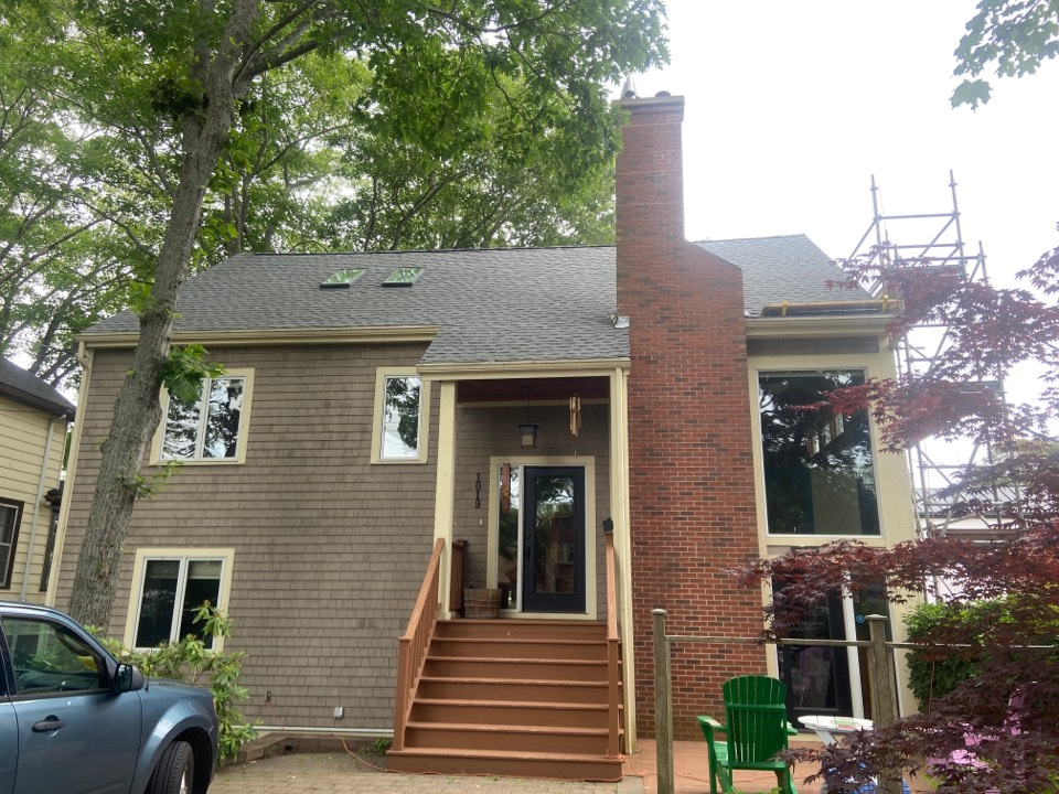 Halifax, NS - Roofworks Installed GAF timberline HDZ shingles and two VELUX skylights on this beautiful home in Halifax!