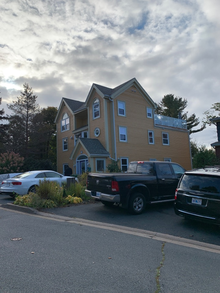 Halifax, NS - Roofworks installed new flat roof system on this beautiful home downtown Halifax. #flattoof #roofinghalifax #roofing #waterfront