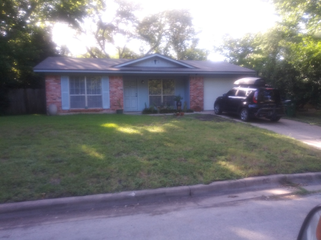 Austin, TX - Roof inspection for tree damage in Austin