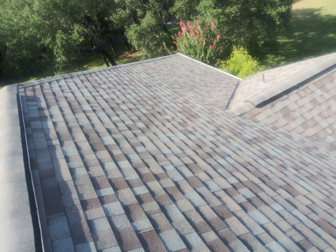 Liberty Hill, TX - New Owens Corning high definition Laminate roof in Liberty Hill.