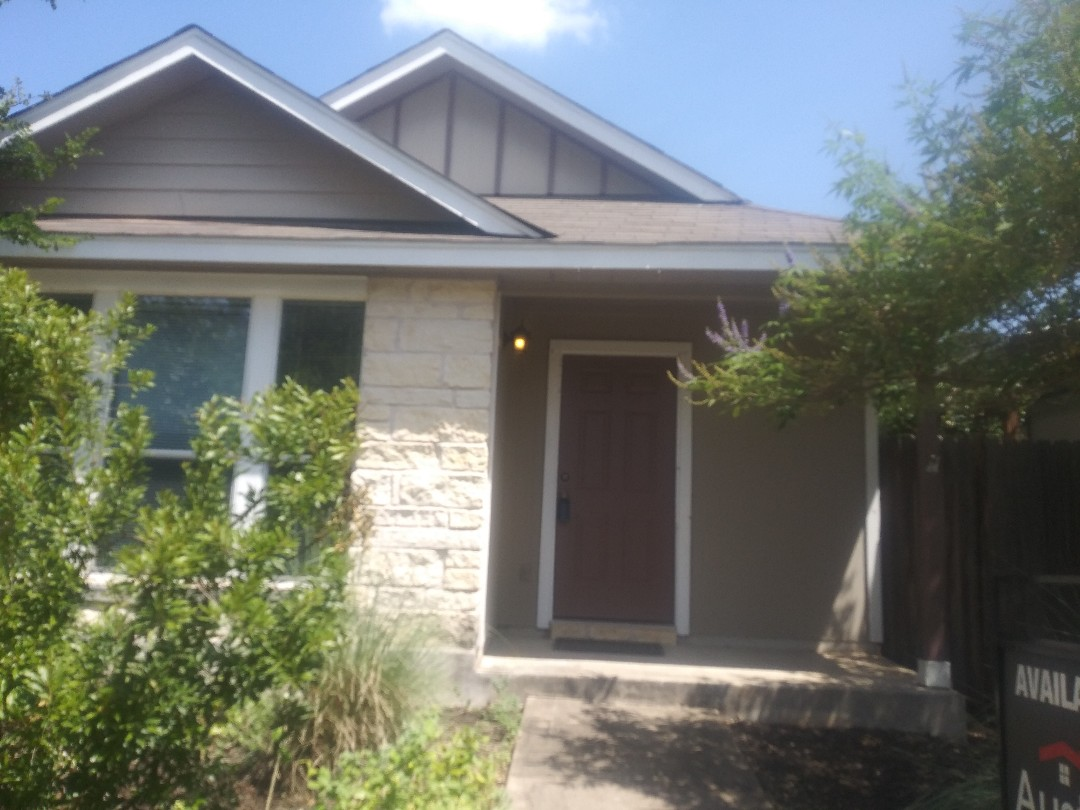 Austin, TX - Tear off replacement new roof estimate. Near Webberville