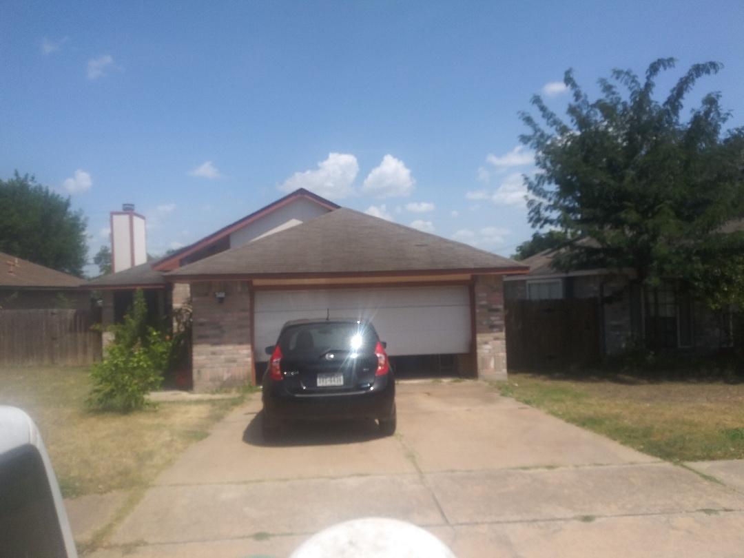 Austin, TX - Wind damage inspection Austin's Colony near Webberville.