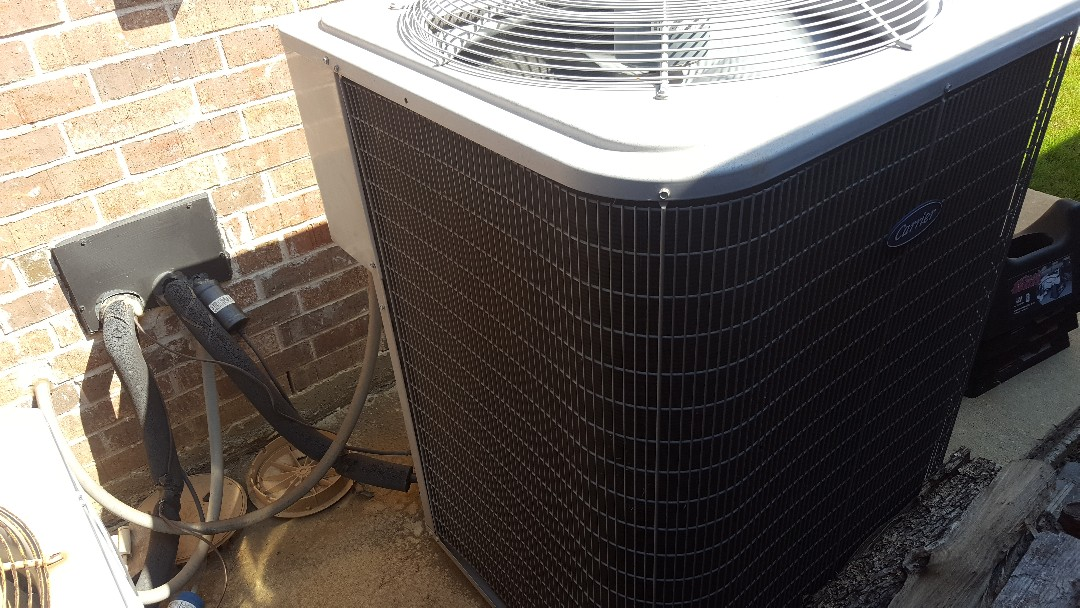 Little Elm, TX - Tune up on Carrier Air conditioning