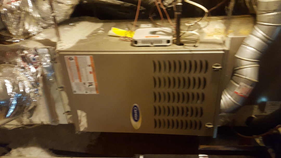 Little Elm, TX - Maintenance on Carrier Air conditioning