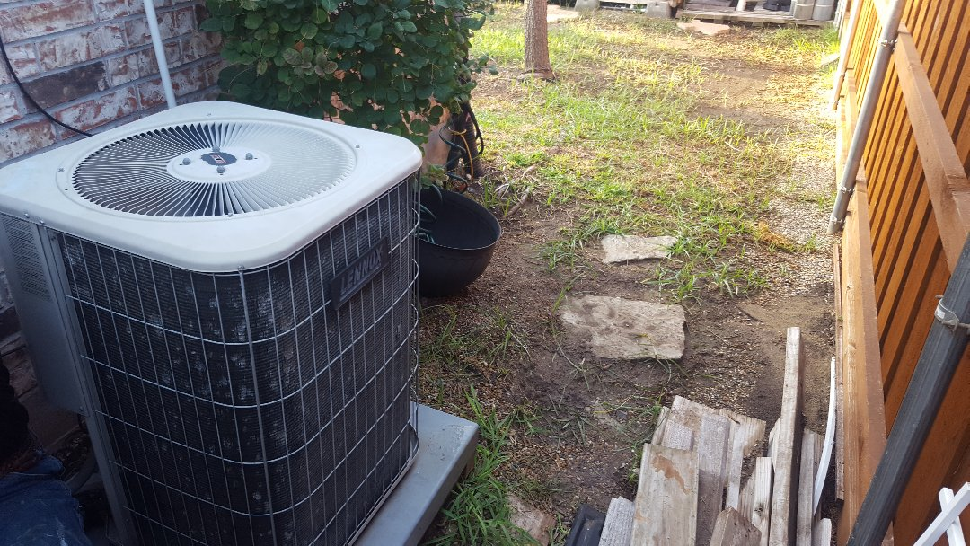 Little Elm, TX - Service on Lennox Air Conditioning