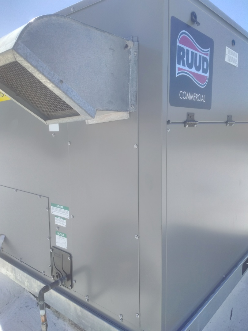 Nogales, AZ - Repaired controls package on a commercial Rudd heat pump unit