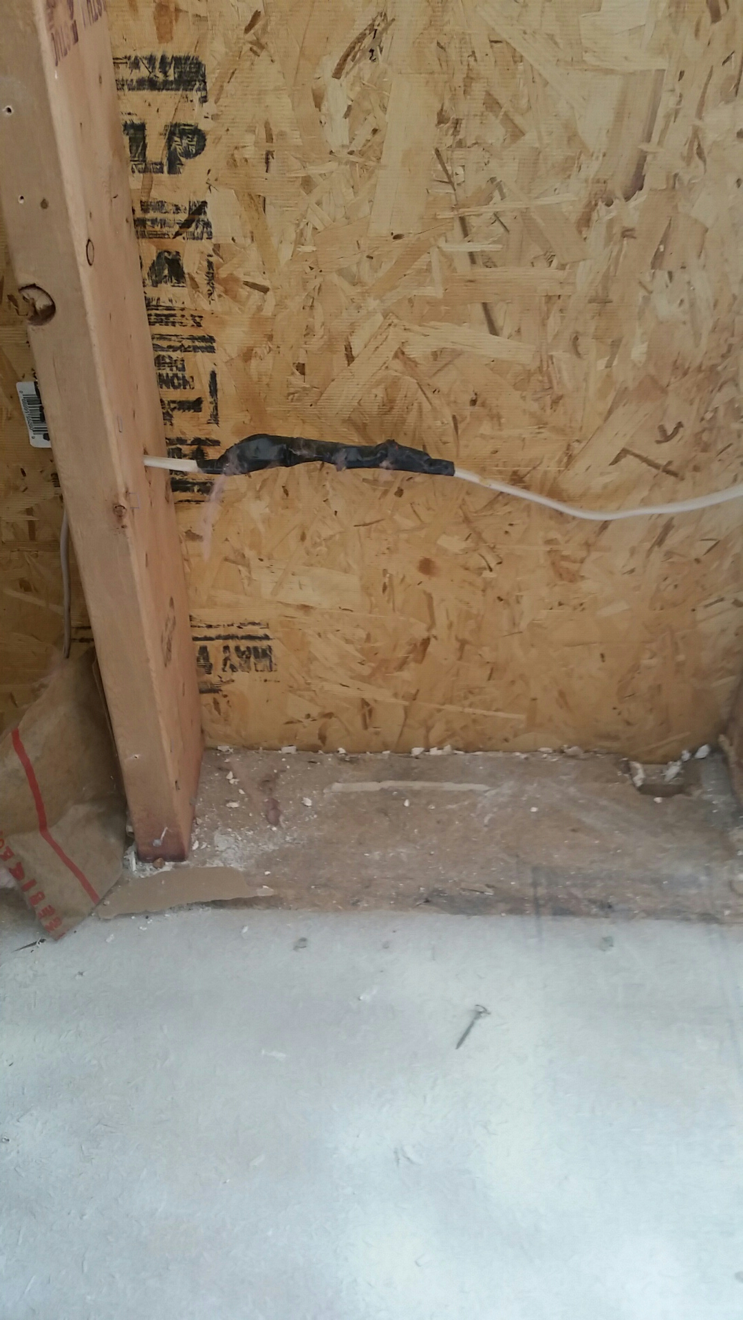 Riverdale, UT - Sometimes junction boxes are over rated, let's just diy some electrical and hope that it will all work out with this home in riverdale