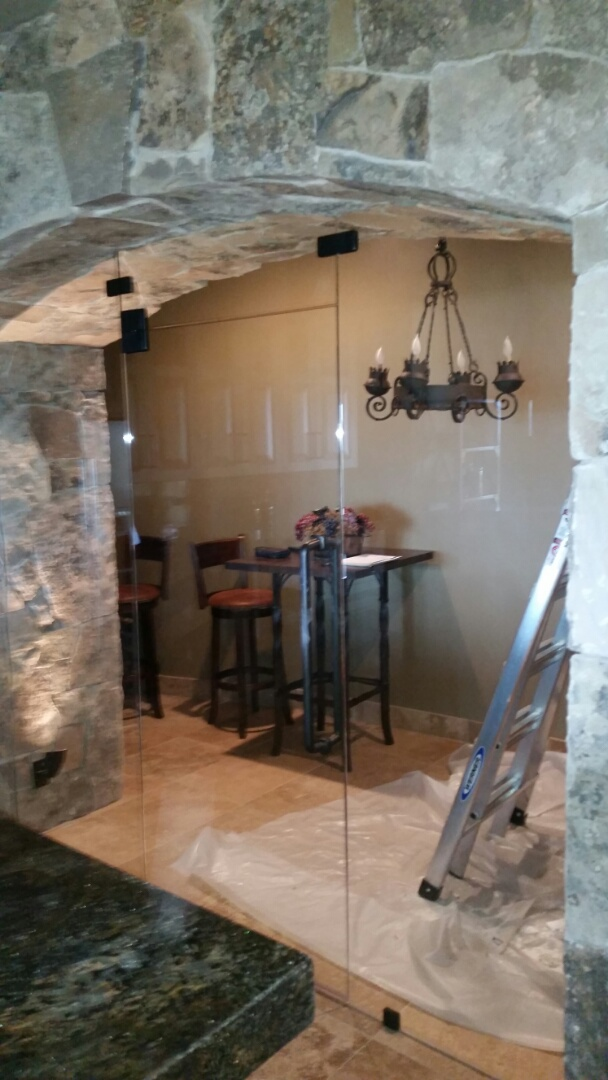 Park City, UT - Mold inspection in Park City Utah. Yes, even wine rooms in multi-million dollar homes develop dampness and can have mold problems. This wine room has two problems. One problem is a leak from above, it is built under the front porch. The other is a lack of ventilation.