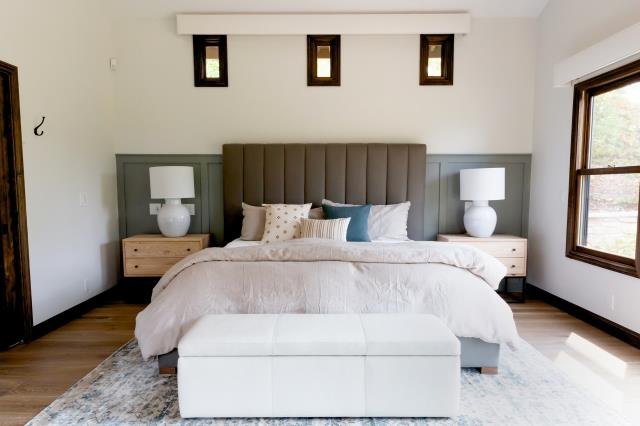 Resicom provided remodeling services to the master bedroom, master close, media room, and two bathrooms in the home.