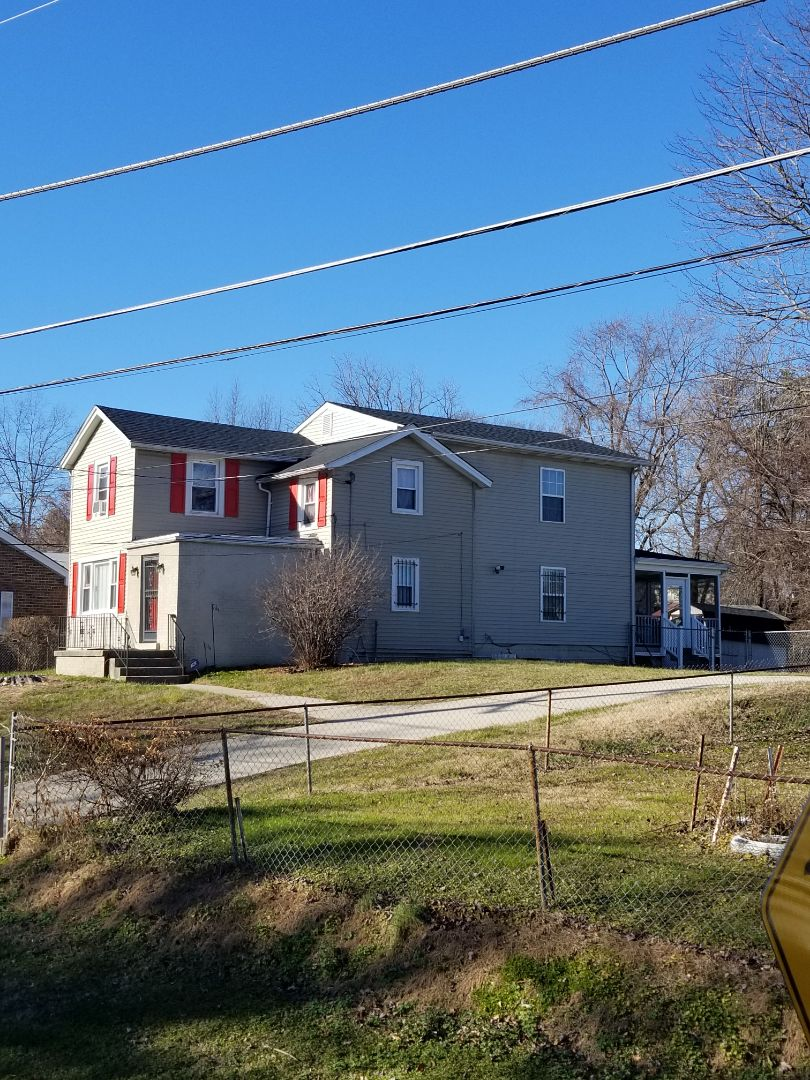 Fairmount Heights, MD - We replaced sll her plywood on roof and upgraded her shingle to  Architectural shingles through her insurance.