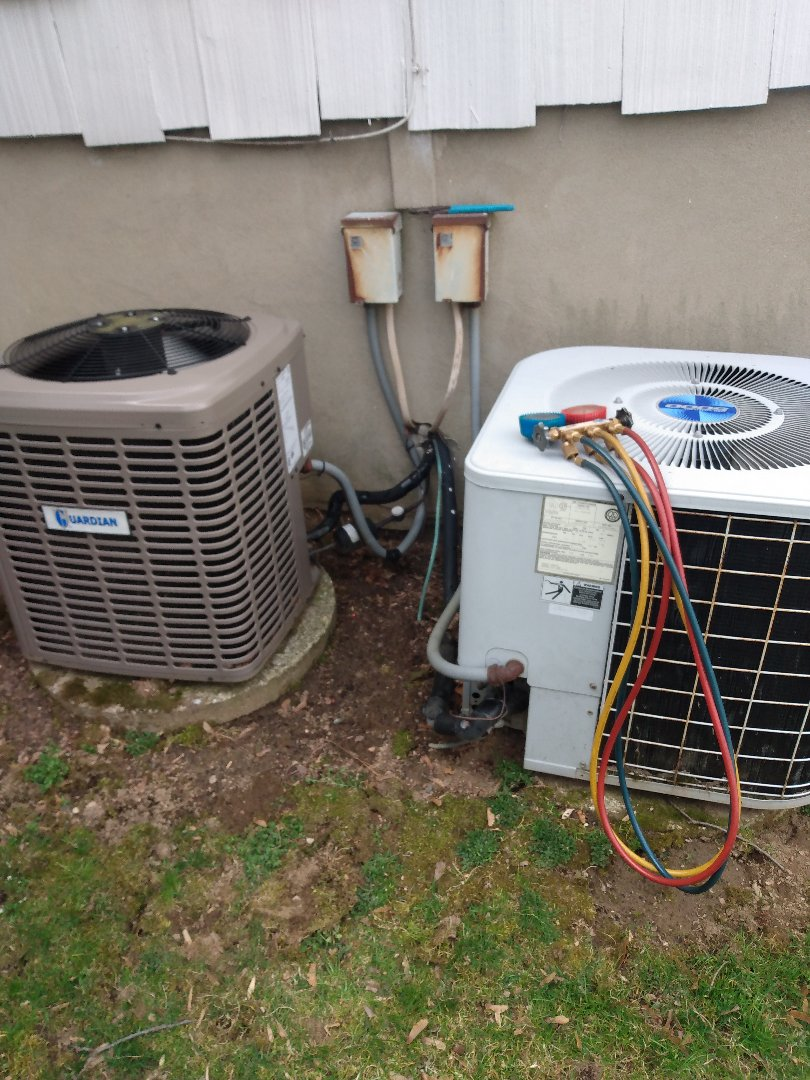 Briarcliff Manor, NY - Performing an a/c tuneup