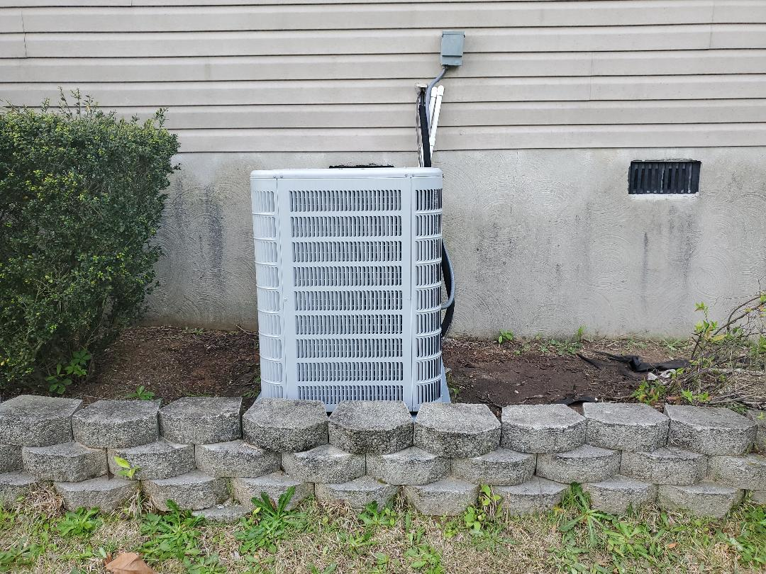 Lexington, SC - Ducane split heat pump, refrigerant leak repair
