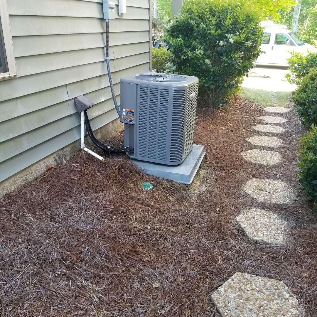 Hopkins, SC - Maintenance on split unit