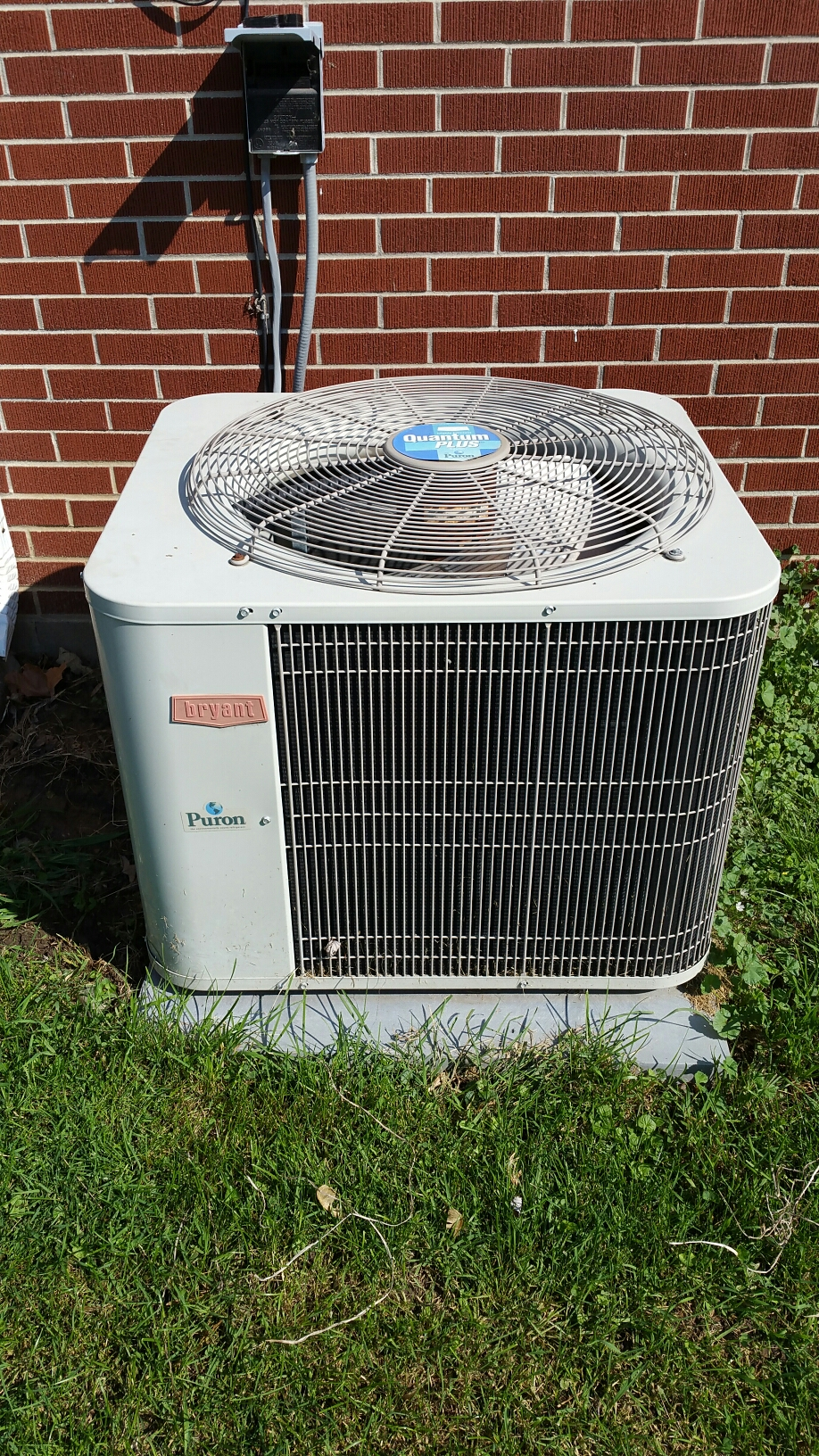 South Whitley, IN - Spring tune up on Bryant air conditioner