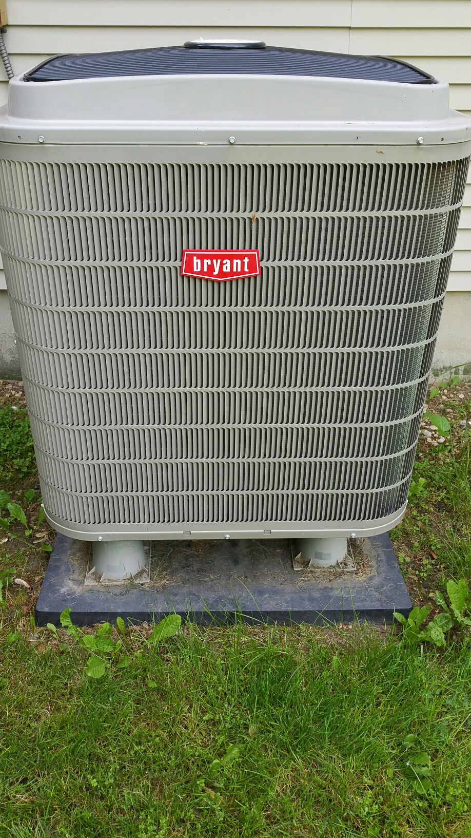 Ossian, IN - Spring tune up on Bryant heat pump