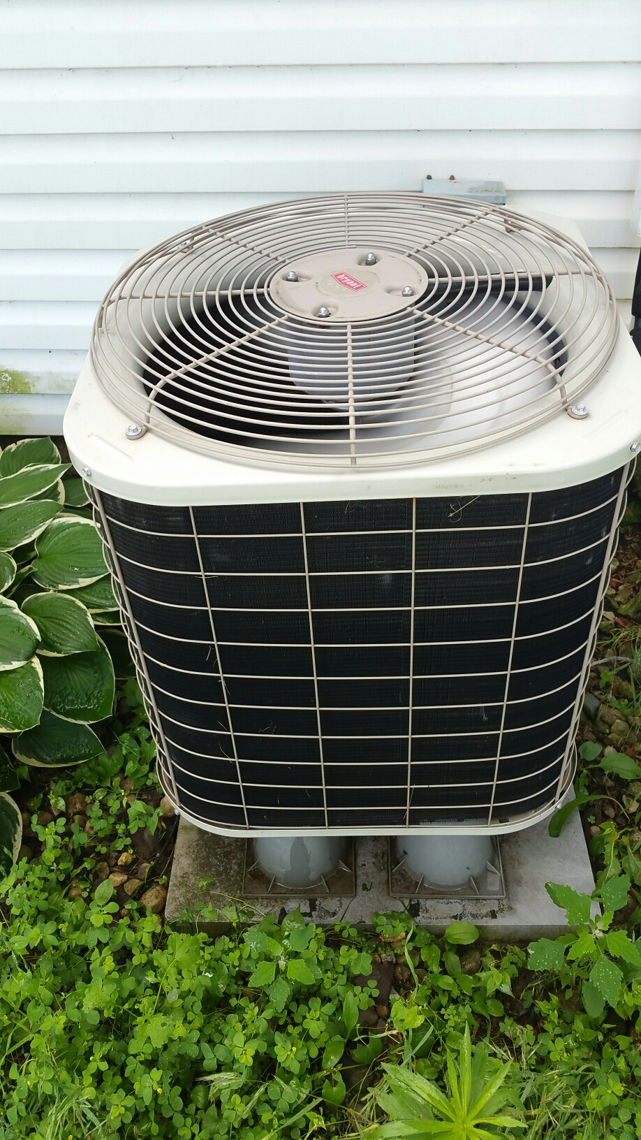 Columbia City, IN - Tune up on Bryant heat pump