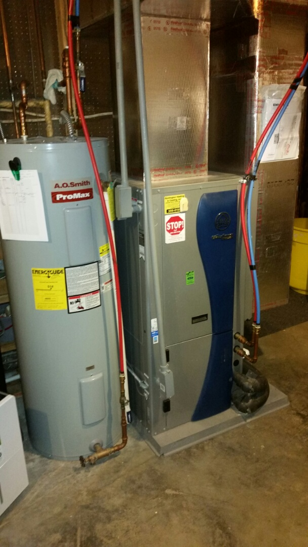 Columbia City, IN - Perform maintenance on Water Furnace closed loop geothermal.