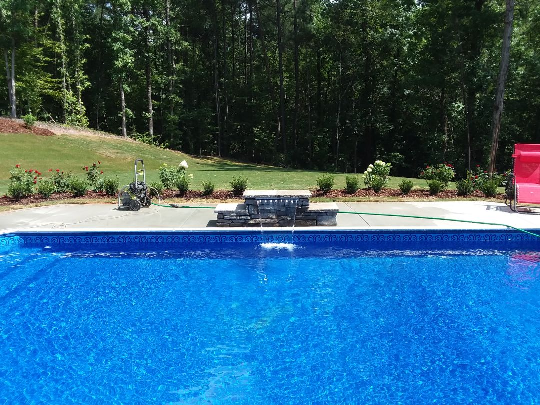 New swimming pool dealer and new in ground vinyl liner pool construction and liner replacements.