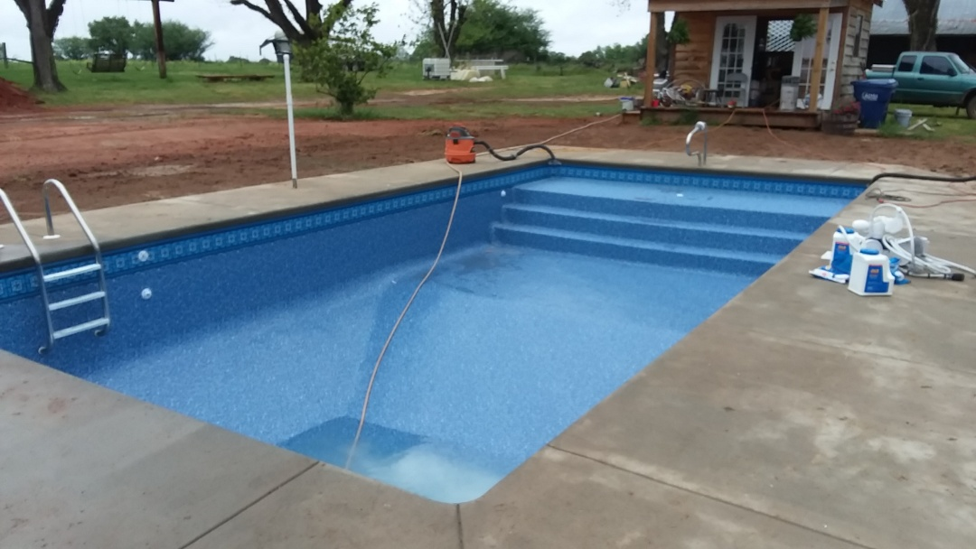 New swimming pool dealer and new swimming pool construction.