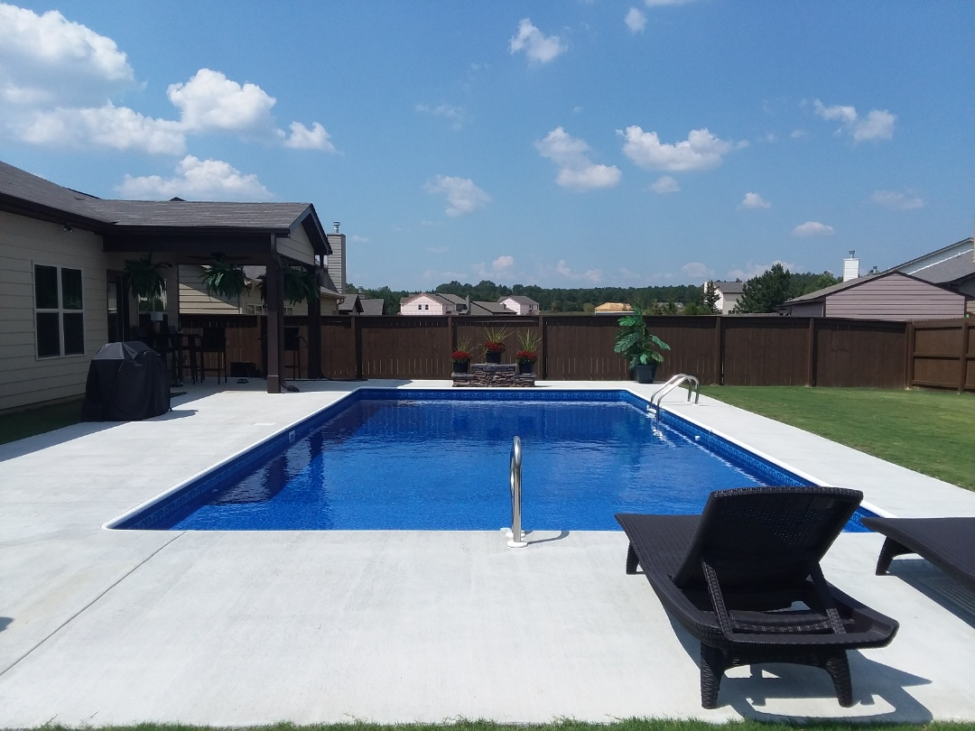 Prattville, AL - New vinyl liner swimming pool dealer.