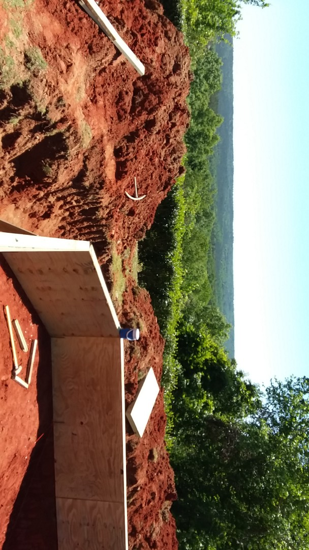 Wetumpka, AL - New swimming pool dealer and new swimming pool construction.