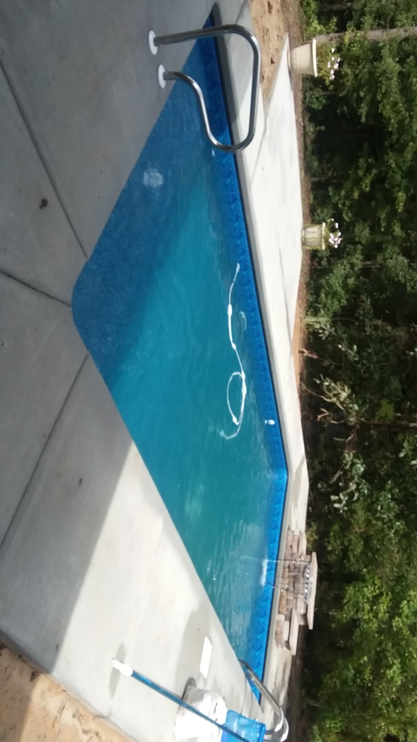 Grady, AL - New swimming pool dealer and new swimming pool construction.