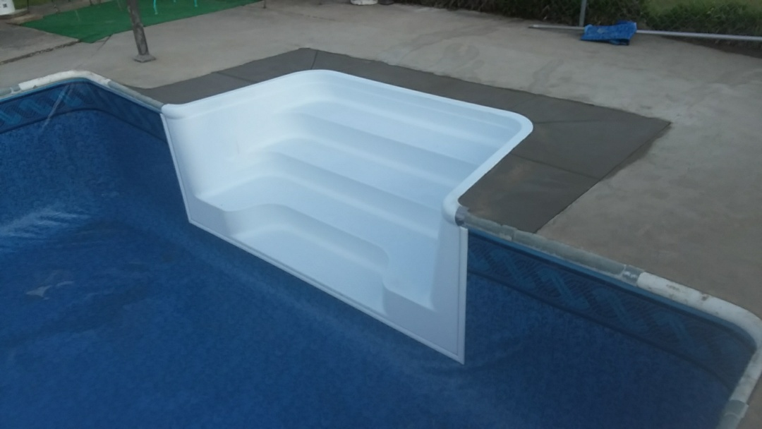 Wetumpka, AL - New fibreglass step installation.