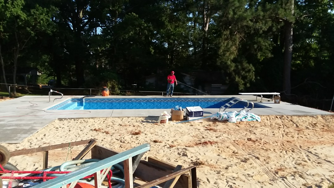 Opelika, AL - New 18x36 rectangle pool installation.