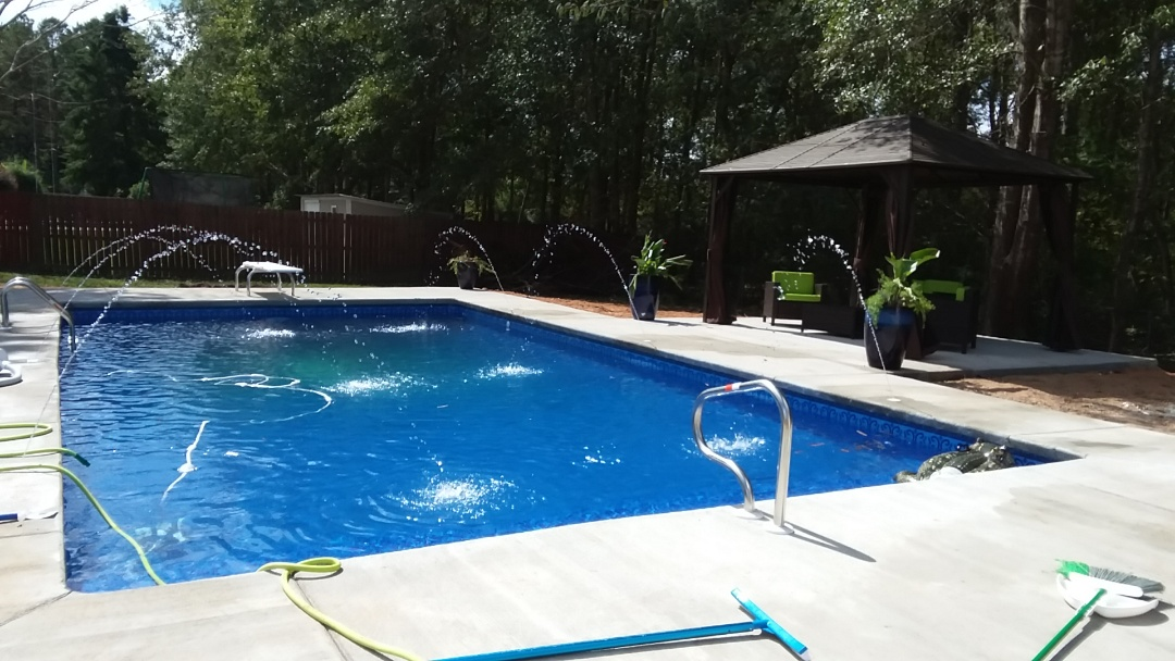 New 18x36 rectangle swimming pool installation.