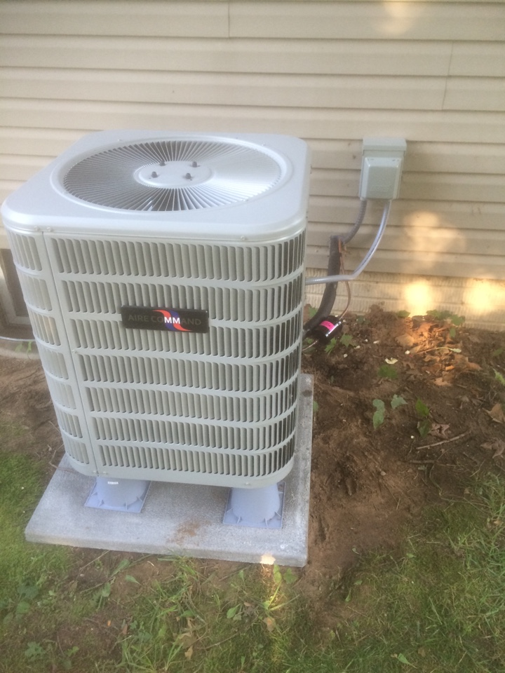 White Pigeon, MI - Air conditioner and furnace