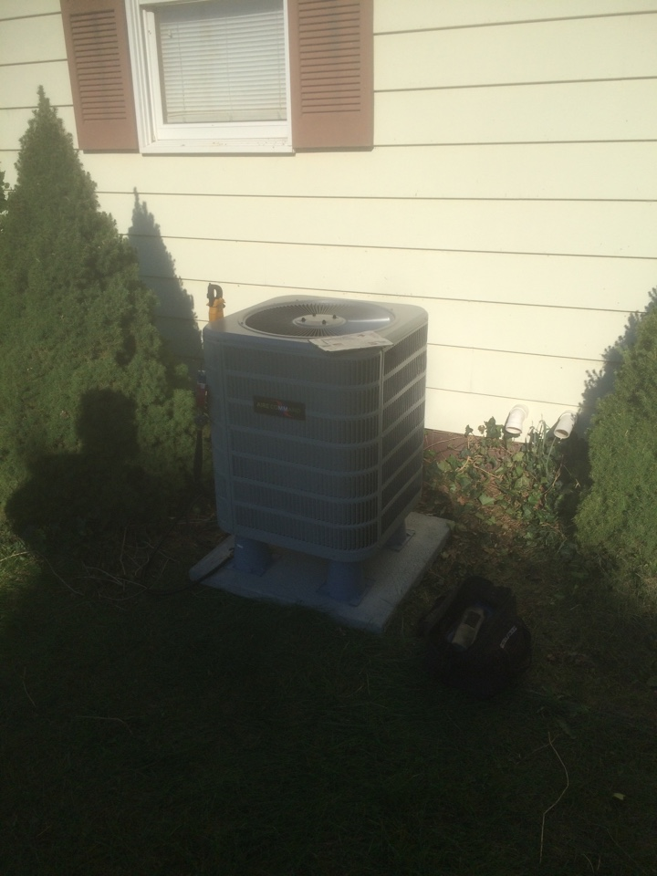 Topeka, IN - Air conditioner