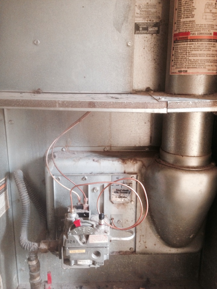 Nappanee, IN - Service repair on a intertherm furnace