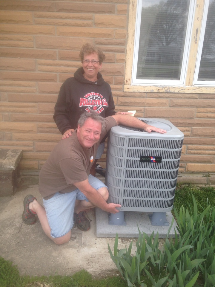Nappanee, IN - Start up on new air conditioner .