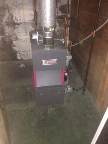 Wolcottville, IN - No heat Crown Boiler service call. Complete diagnostic on furnace found it to be a thermostat issue. Repaired tstat.