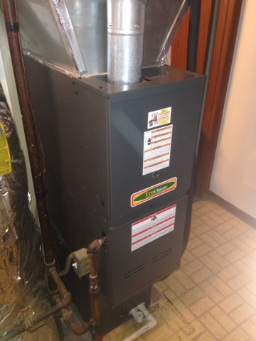 Nappanee, IN - Performed a furnace tuneup on a true climate furnace.