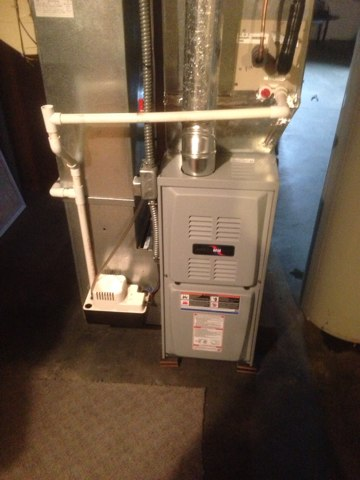 Edwardsburg, MI -  Done Installing 80 percent aire command furnace
