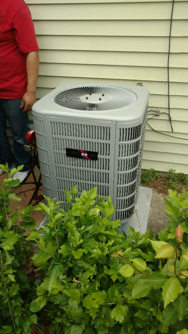 Elkhart, IN - Air conditioner
