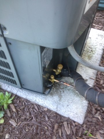 Cassopolis, MI - Replacing service valves on a goodman a/c