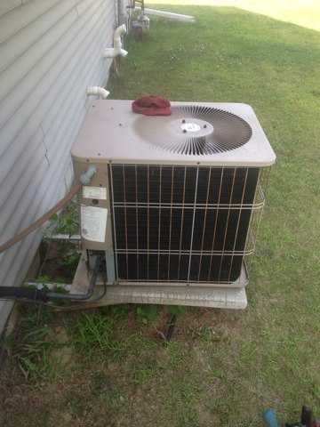 Nappanee, IN - Performed maintenance on an air conditioner.